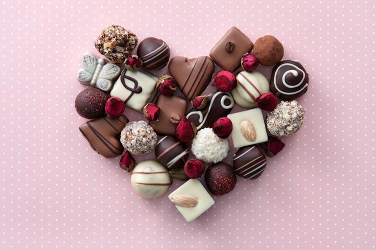 Chocolate là món quà truyền thống vào ngày lễ tình nhân 14-2